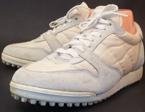 121.33$  Watch here - http://vijtr.justgood.pw/vig/item.php?t=orxe9a22957 - vintage 80's Etonic Womens US8M Off-White Lace-Up Walking Suede nylon sneaker 121.33$