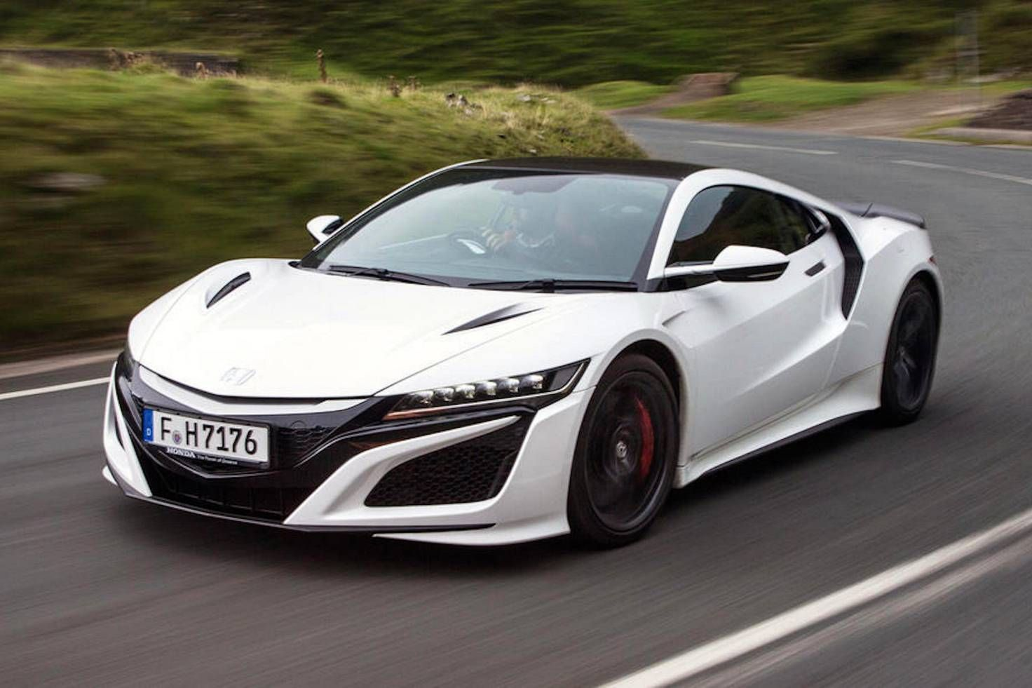 Luxury Sports Cars >> 2017 Honda Nsx Review What Car Honda Cars Super Sport