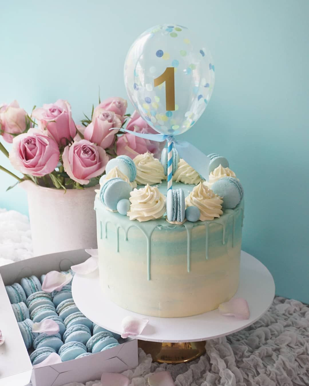 First Birthday Balloon Cake With Matching Color Macarons Balloon