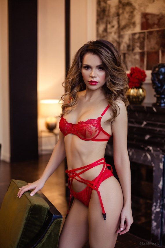8f76ec16ec505 Red Bra