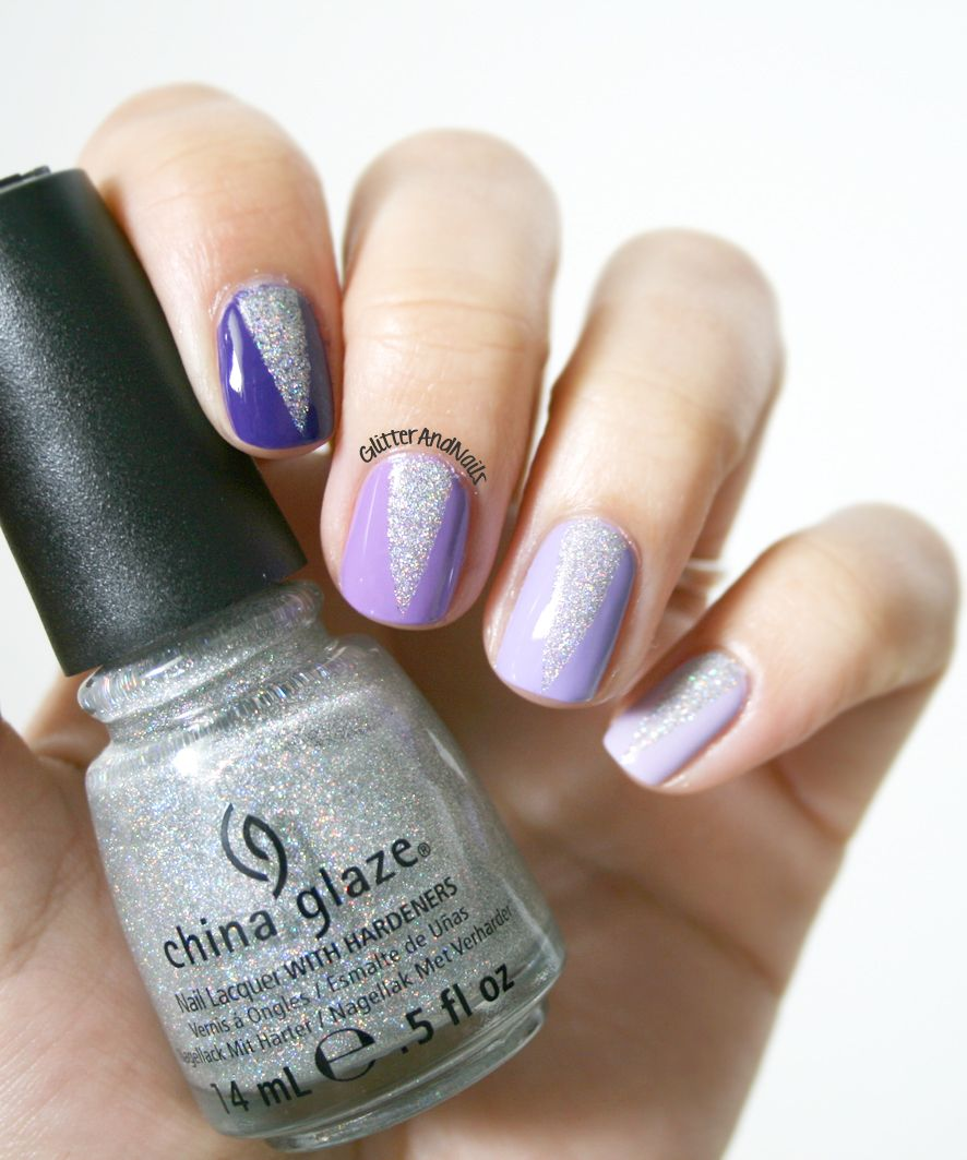 Glitter and Nails: Ombré nails & triangles glitter.