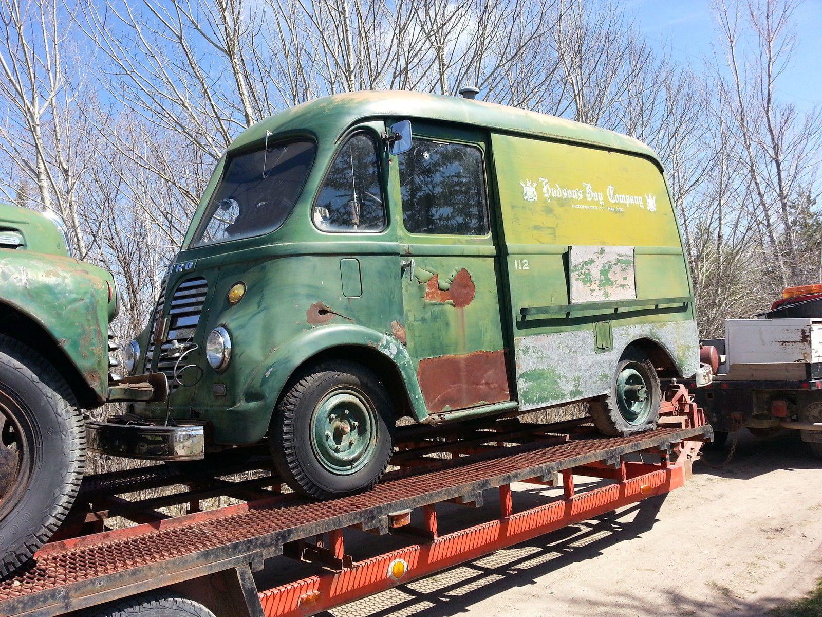 1940s 1950s 1960s international ih metro travelall pickup 16 6 lug split wheel canada