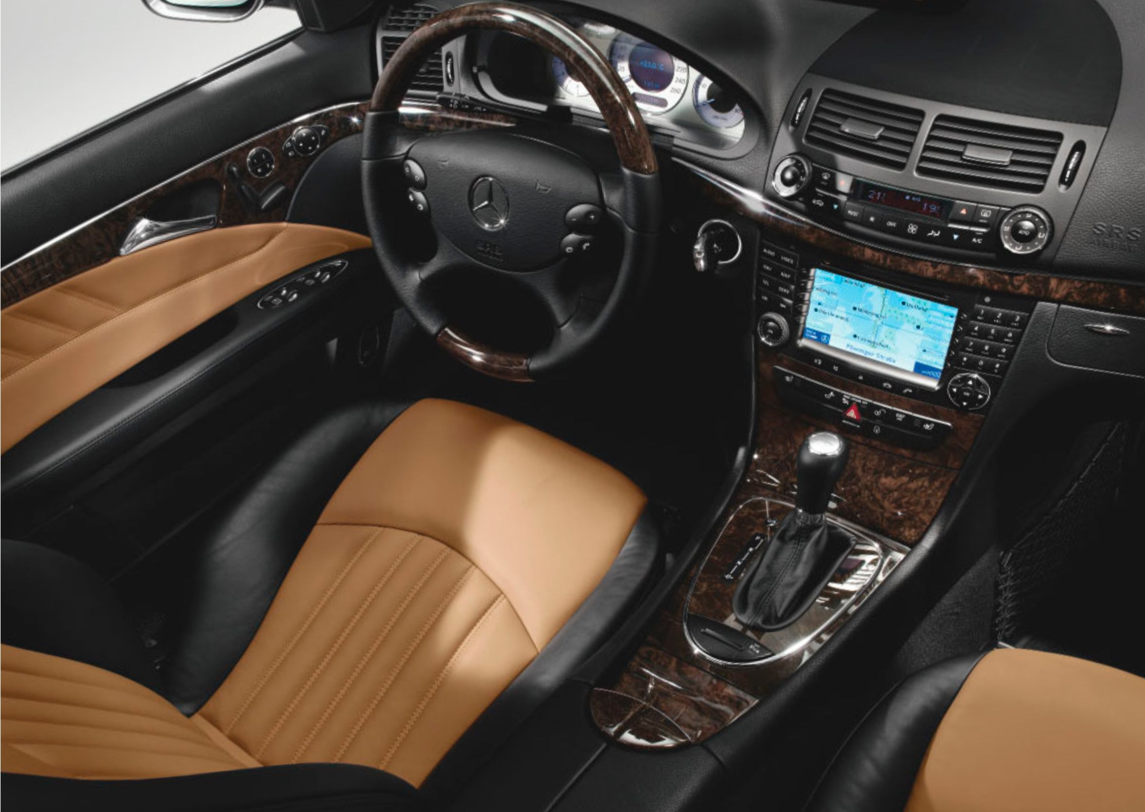Mercedes W211 E Class Interior In 2020 With Images Mercedes