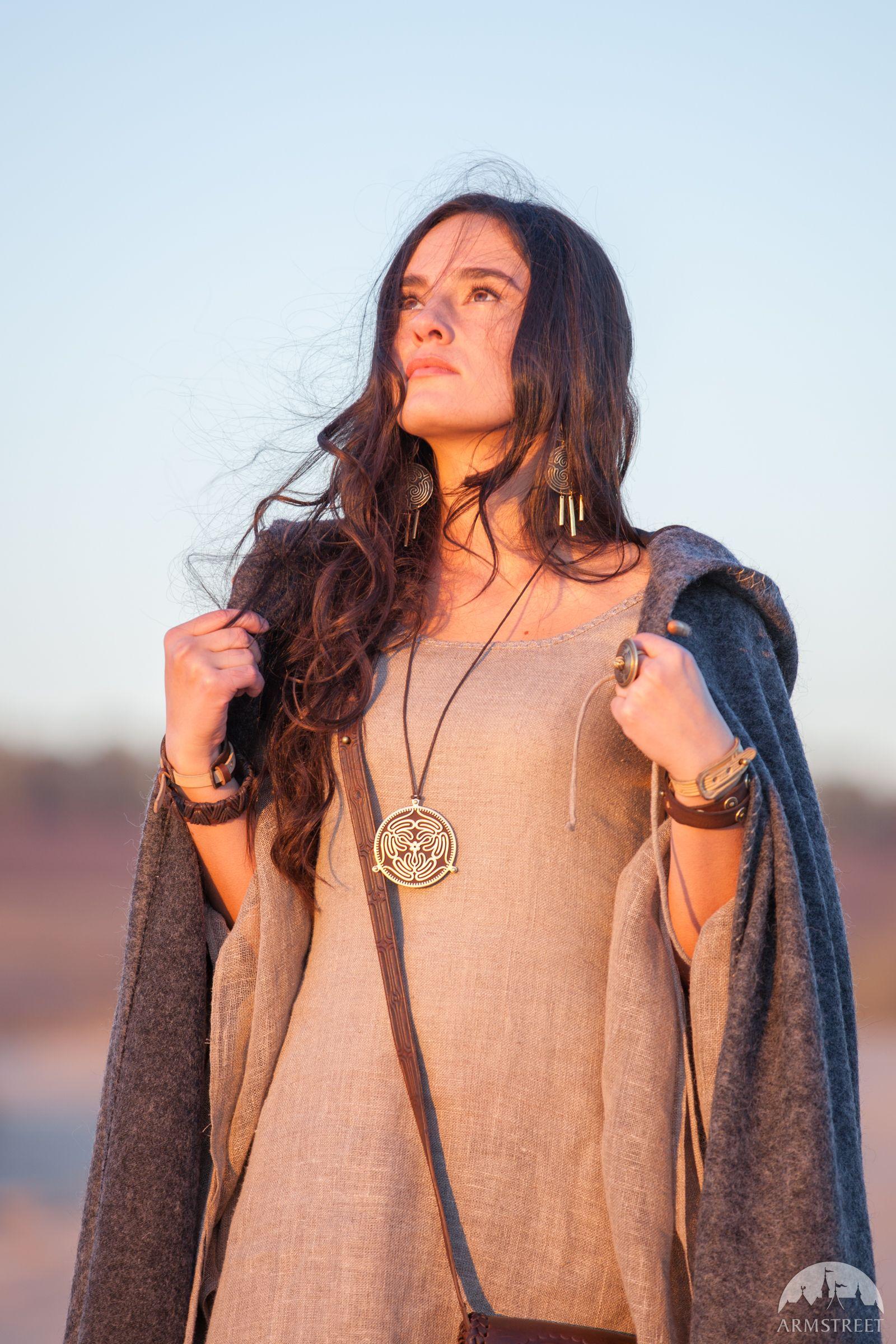 """Medaillon auf einer Halskette """"Das Labyrinth"""""""