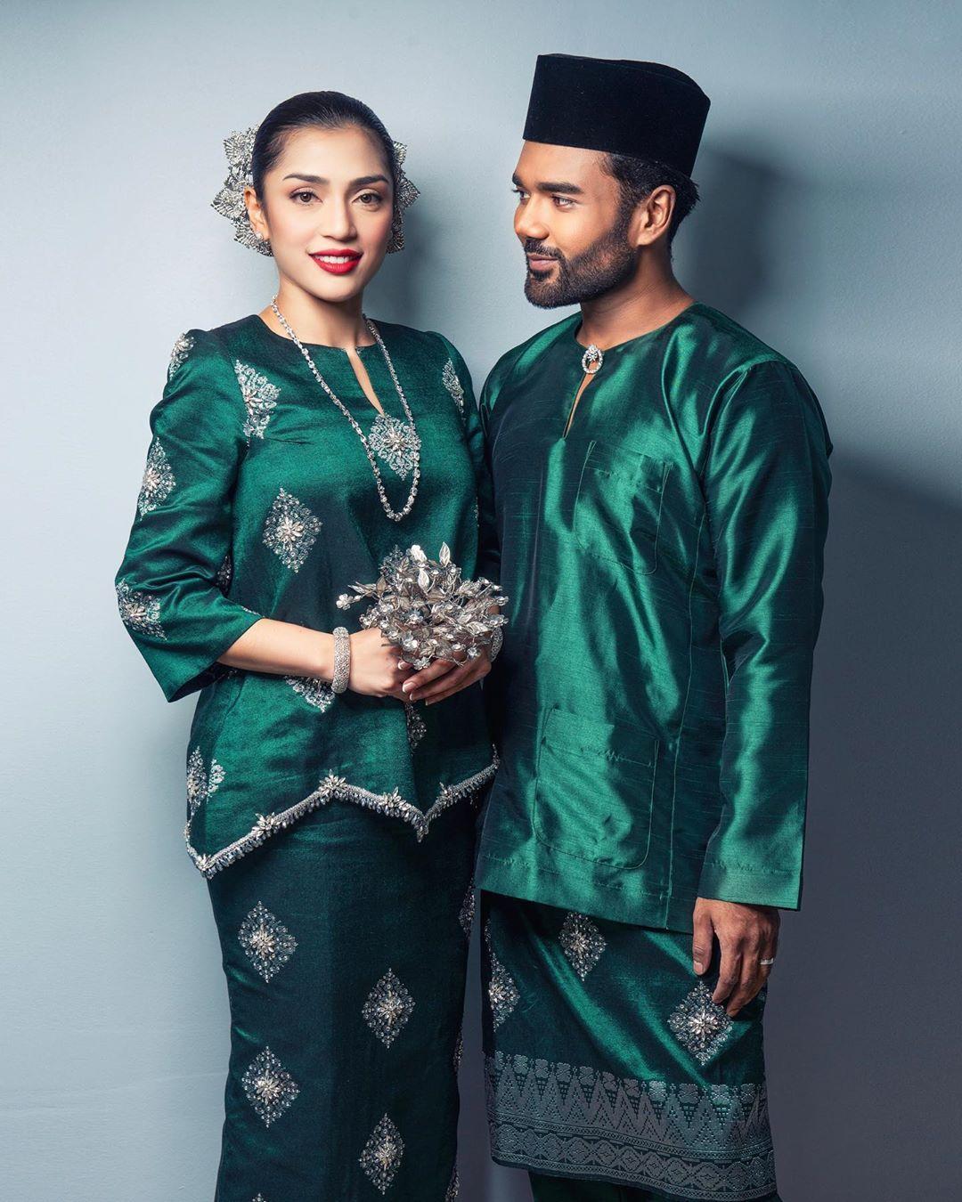 Pin By Sarah Shawtyy On Songket Wedding Dress Inspiration Songket Wedding Fashion