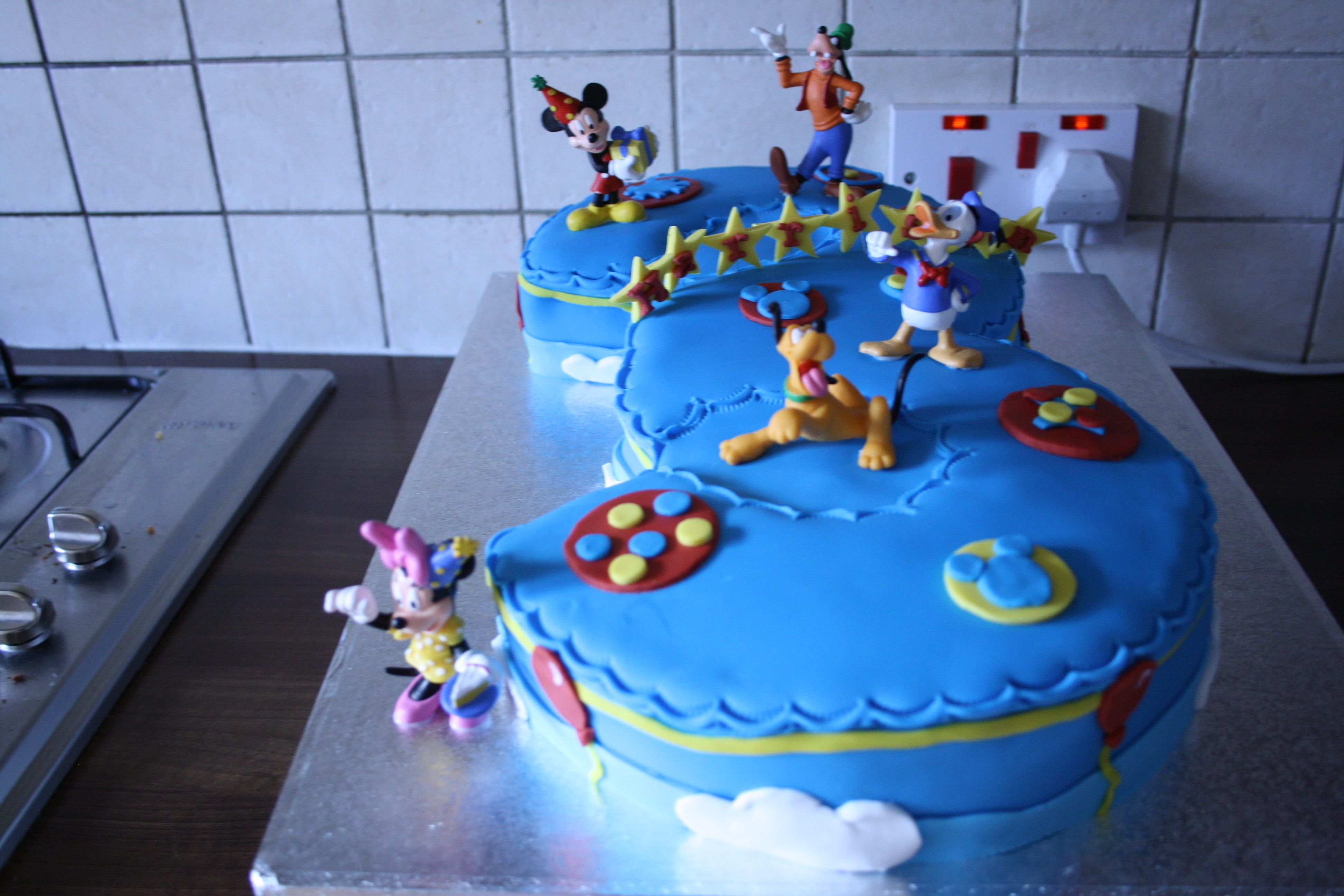 Number 3 Shaped Cake with Mickey mouse characters Birthday ideas