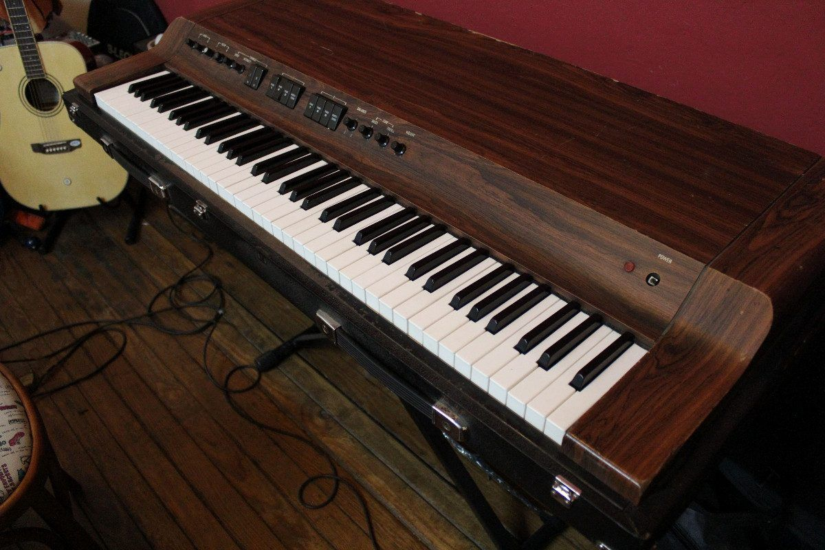 yamaha cp 30 electric piano natty keys pinterest. Black Bedroom Furniture Sets. Home Design Ideas