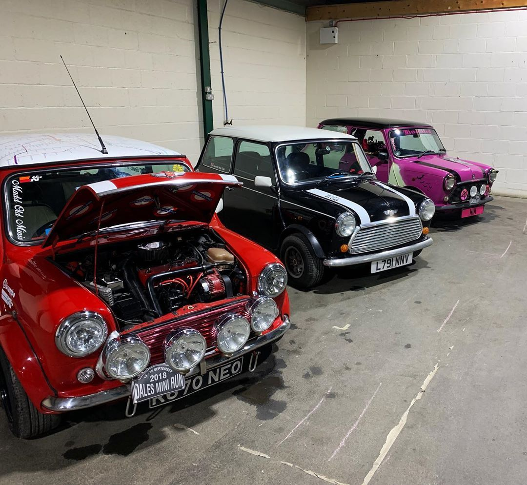 Had An Awesome Time At Bingley Mini Show This Weekend Mini Classiccars Carshow Cars Classic Cars Car Show Mini