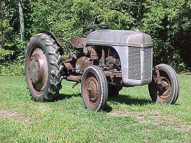 1939 9n tractor 287th to roll off the line all original1939 9n tractor 287th to roll off the line all original, including paint, and in excellent condition