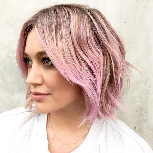 Hillary Duff's pastel hair styled in a piece-y bob is everything.