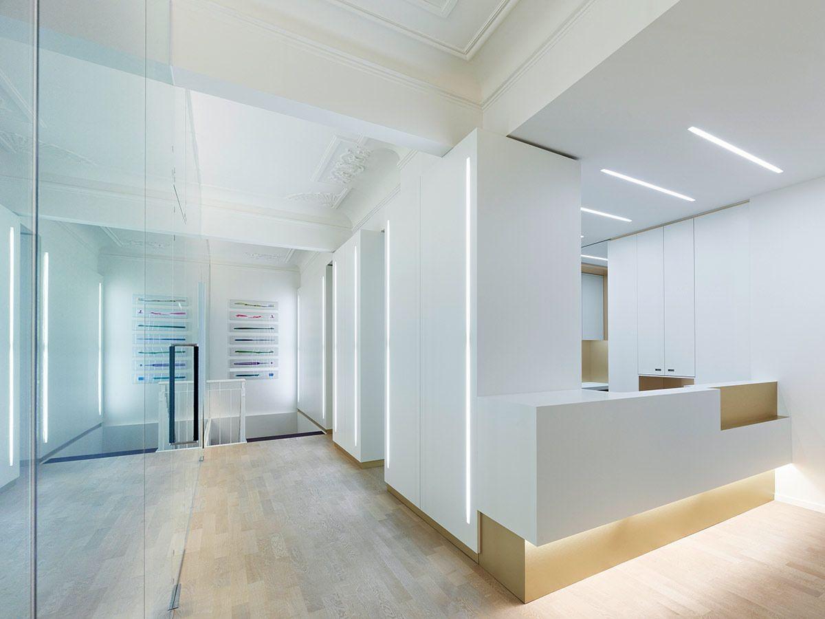 Weissraum zahnarztpraxis zahnarztpraxis for Design einrichtung munchen