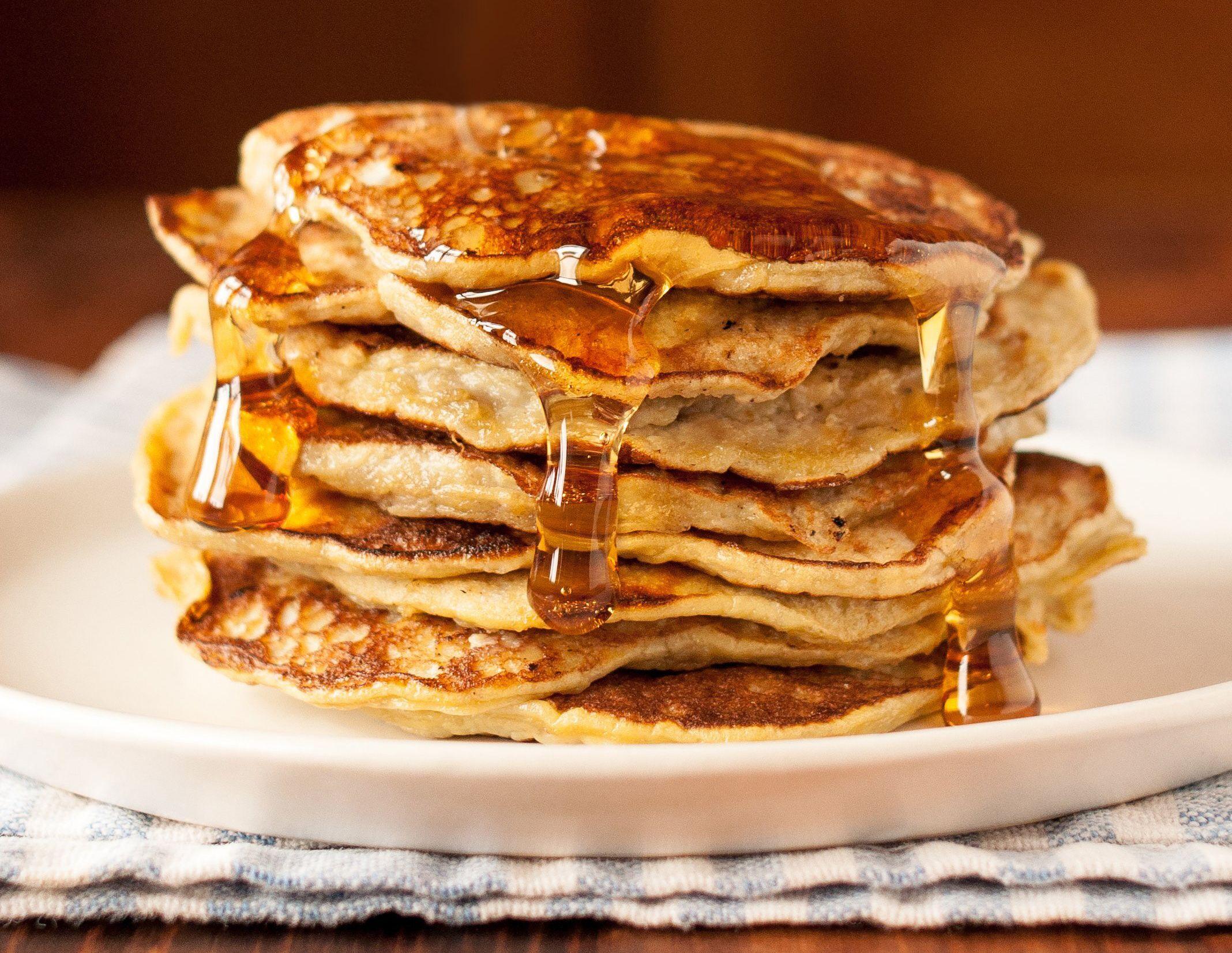 How To Make 2 Ingredient Banana Pancakes Recipe Banana Pancakes Flourless Pancake Recipe Recipes