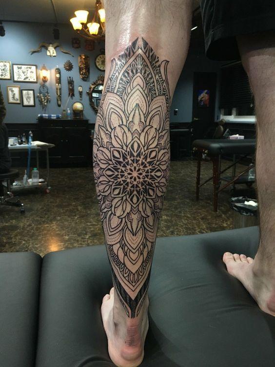 Tatuajes De Mandalas Para Hombres Con Disenos Increibles Tatuajes Mandalas Disenos De Tatuajes Para Hombres Brazos Tatuados