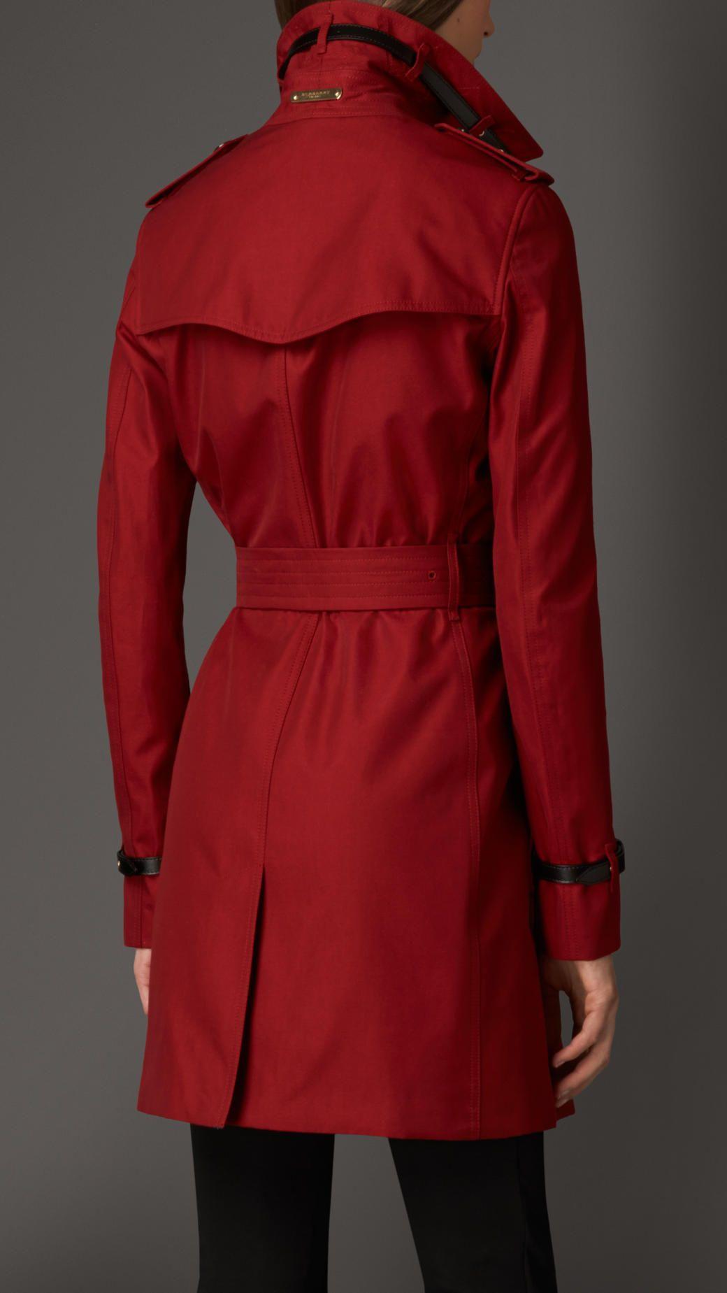 4e514c478f2c1 Trench-coat en gabardine de coton avec éléments en cuir Rouge Militaire    Burberry