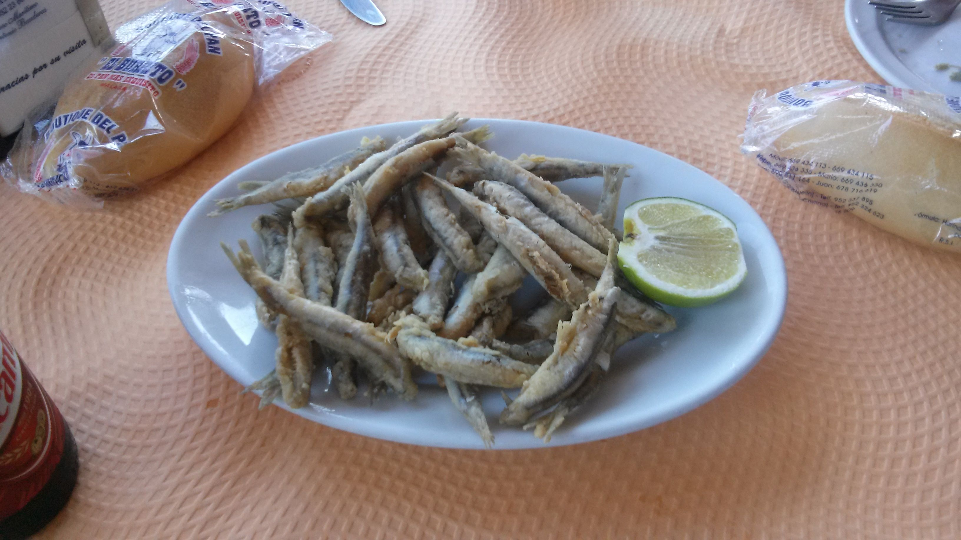 Boquerones fritos en Málaga