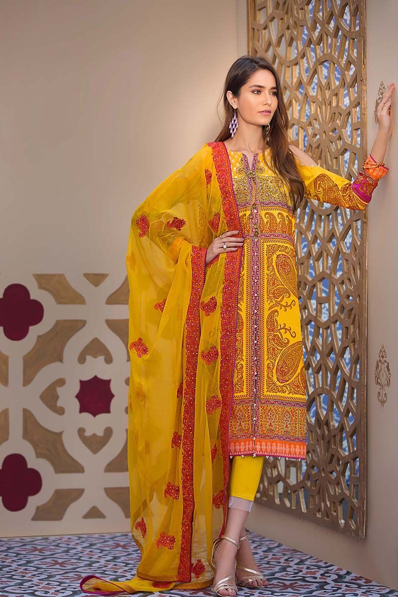 fdfb615986 Gul Ahmed Summer Embroidered Lawn Dresses Collection 2019 | Designer ...