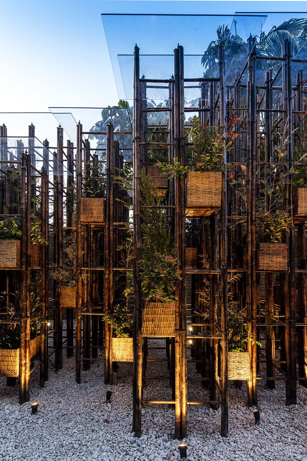 Vo Trong Nghia uses bamboo ladders to build pavilion at