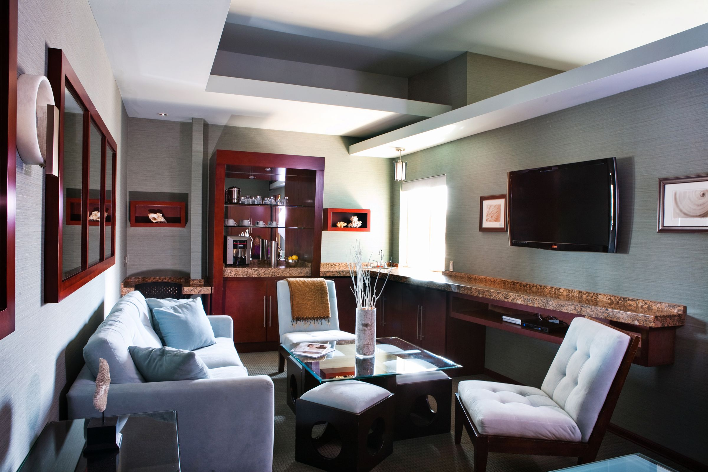 Cond 233 nast traveler 2013 hot list of top new hotels worldwide - Luxury Hotel Rooms Pictures Shade Hotel A Luxury Boutique Hotel In Manhattan Beach Ca Luxury Hotel Rooms Pinterest Room Pictures Manhattan And Spa