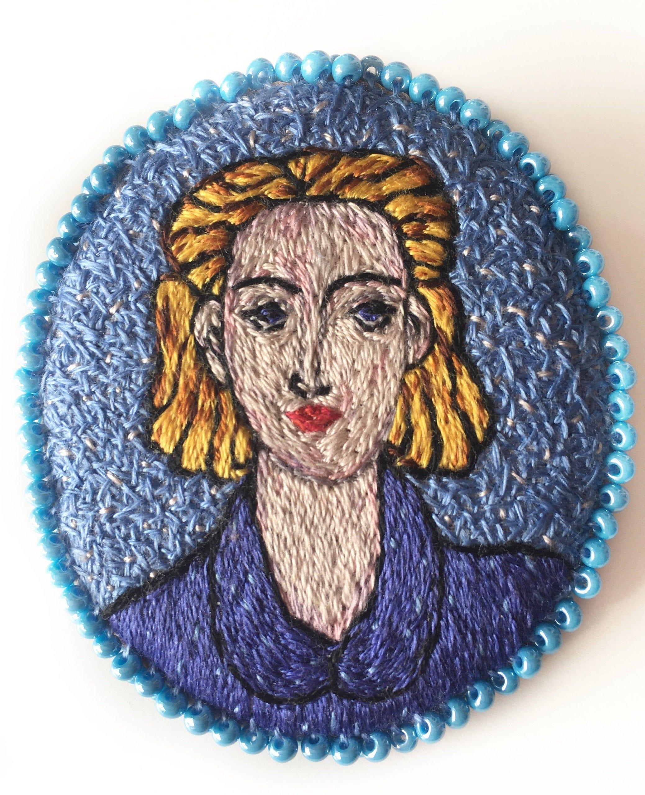 Art brooch Textile art jewelry Ernesto Che Guevara Embroidery portrait Embroidery brooch Che Guevara