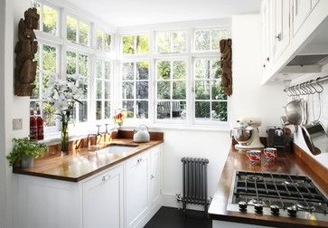 Love This Kitchen Feel   Lots Of Windows, Lots Of Light.