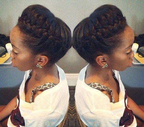 50 Cute Updos For Natural Hair Com Imagens Cabelo Natural