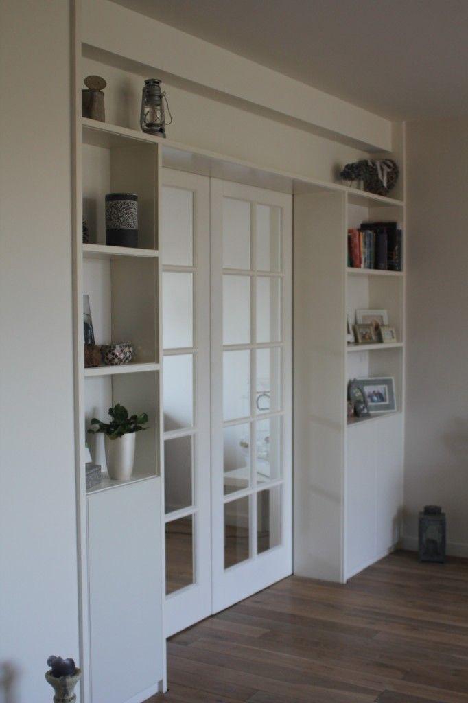 Schuifdeuren met boekenkast build in bookcases for Schuifdeuren woonkamer