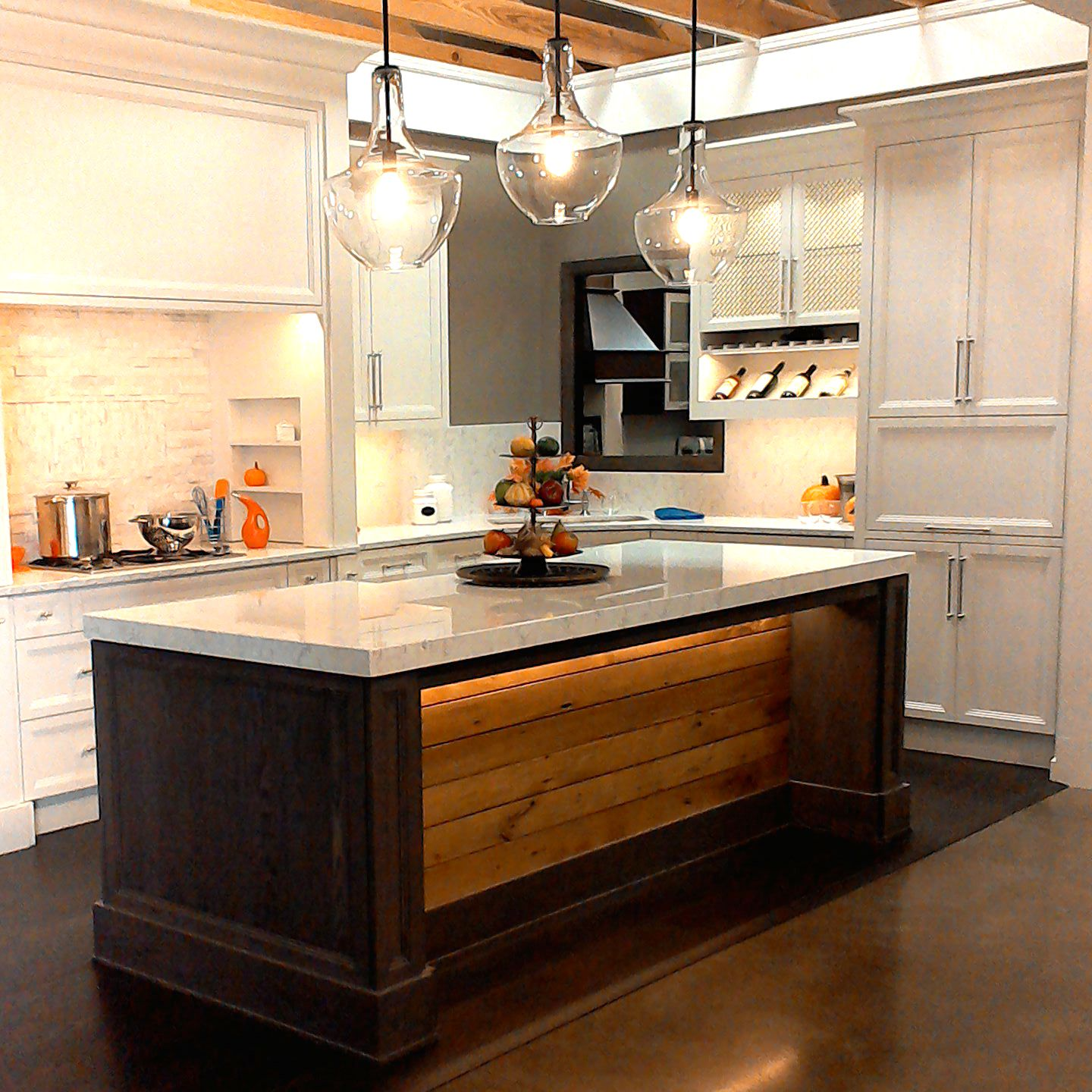 Visit Millard Lumber S Omaha Ne Showroom To Explore This Kitchen By