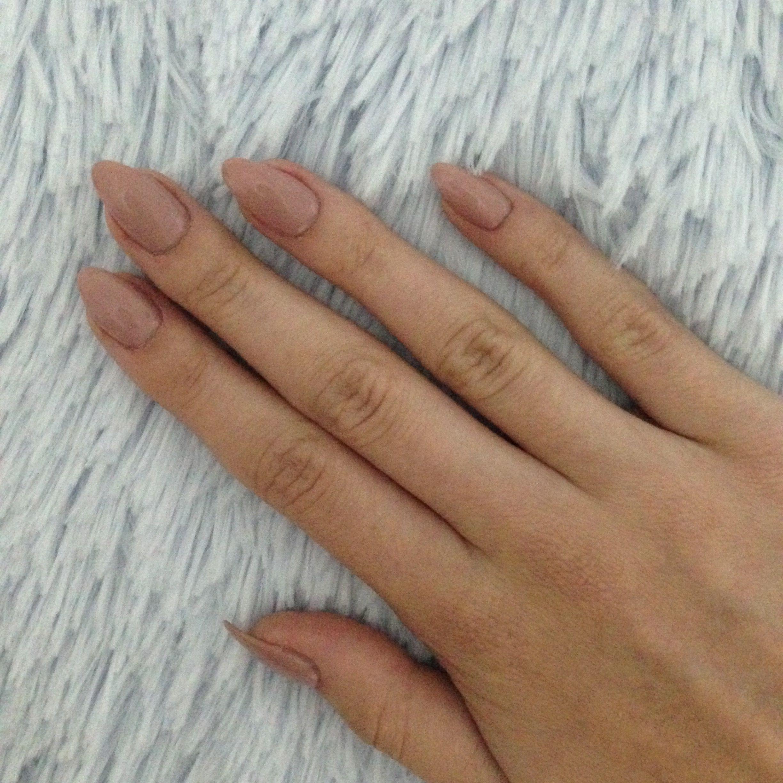 nude #nails #cute   • fashion&makeup •   Pinterest   Nude nails ...