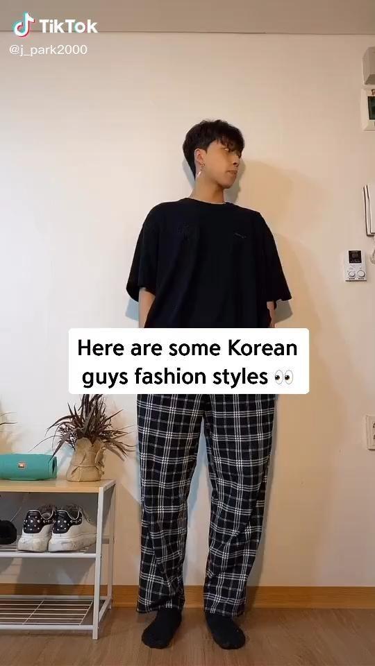 Video Easy Korean Guy Fashion Style In Different Korean Cities Fashion Tiktok Model Baju Pria Gaya Pria Gaya Model Pakaian Pria