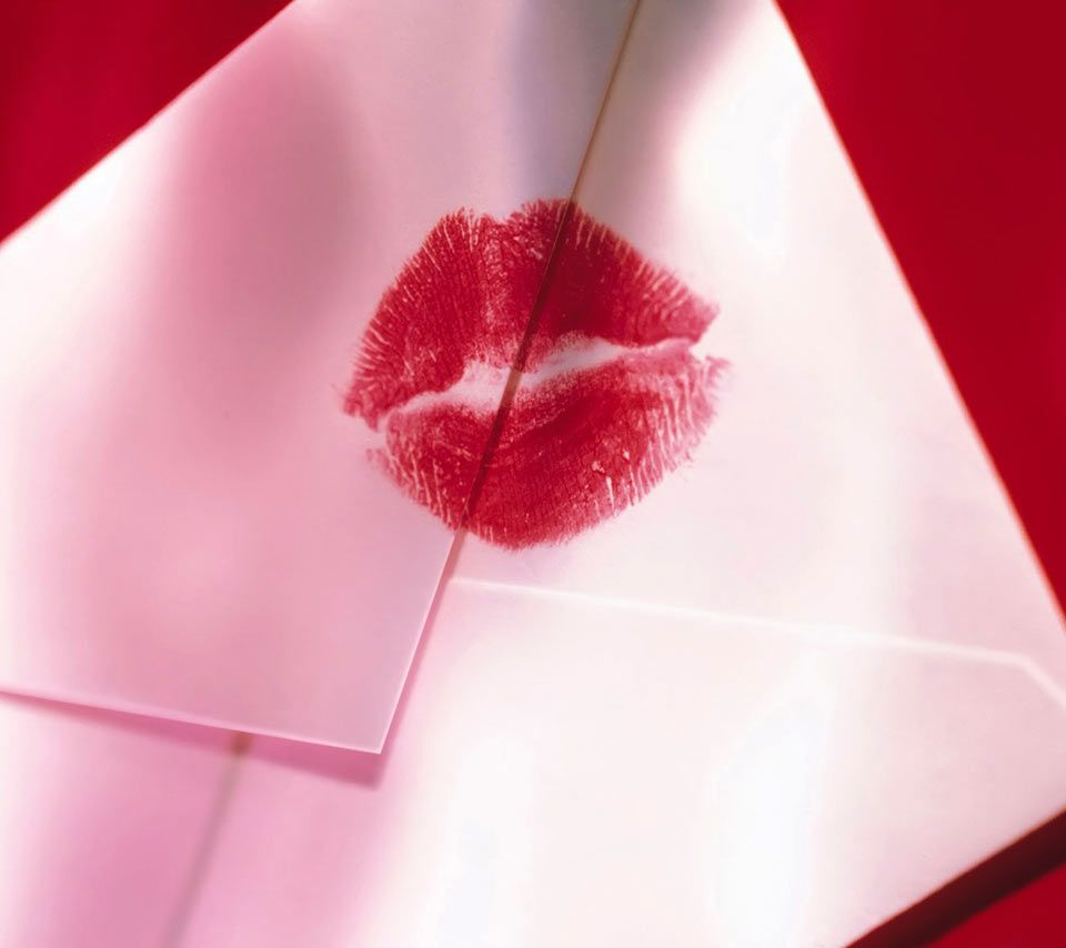 <3...Sealed with a Kiss