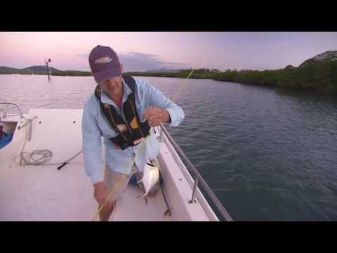 Queensland Fishing Tips: How to unsnag a lure at Seaforth, Mackay