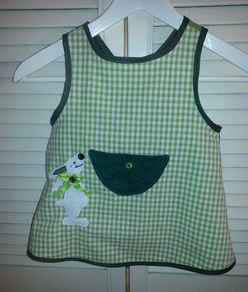 Hängerchen & Tuniken - Schürzenkleidchen / Hängerchen Gr. 98, Hase, grün - ein Designerstück von GuteUte bei DaWanda