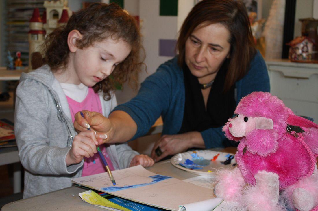 http://GoldenKeyArt.com Art lessons for kids.  . Photo by Vladimir Vasilyev