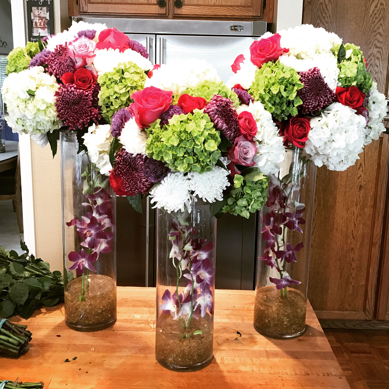 Beautiful Flower Arrangements For Weddings: Simple Elegant Floral Centerpiece