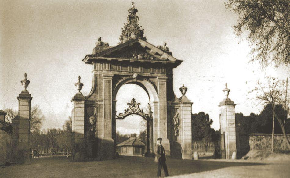 Resultado De Imagen De Puerta De Hierro Madrid Puertas Y Portillos