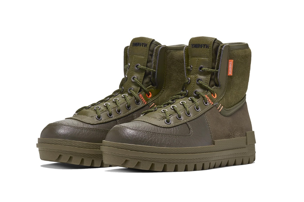 Nike S New Xarr Boot Is Made For Rain And Snow Boots Men Sneakers Men Fashion Shoes Mens