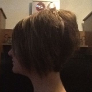 """""""Stacked bob"""" side view"""