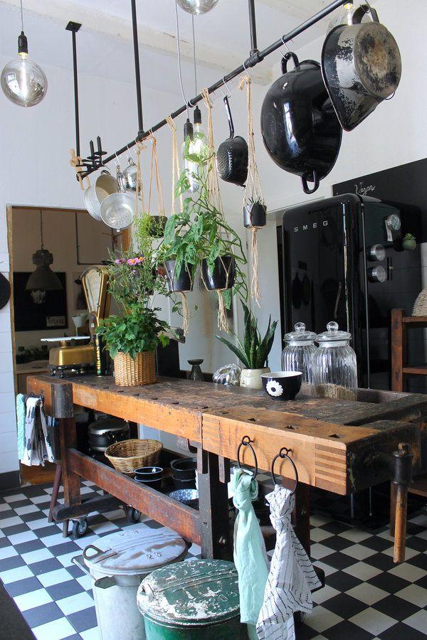 Meine Grune Kuche In Den Kuchendesign Modern Kuchendekoration Schone Kuchen