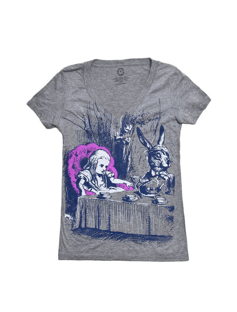 Alice in Wonderland V-neck - Out of Print clothing