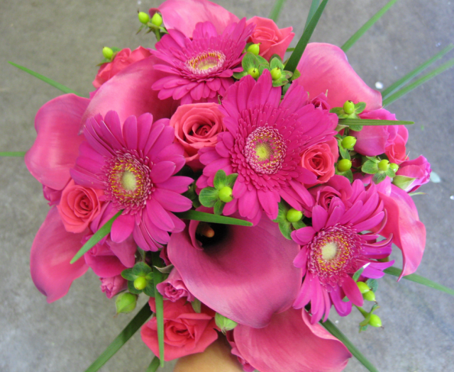 Green And Hot Pink Wedding Bouquet Pictures Png