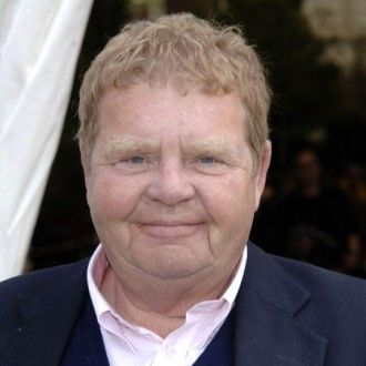 Actor Geoffrey Hughes, best known for his roles in Coronation Street and Keeping up Appearances, has died aged 68
