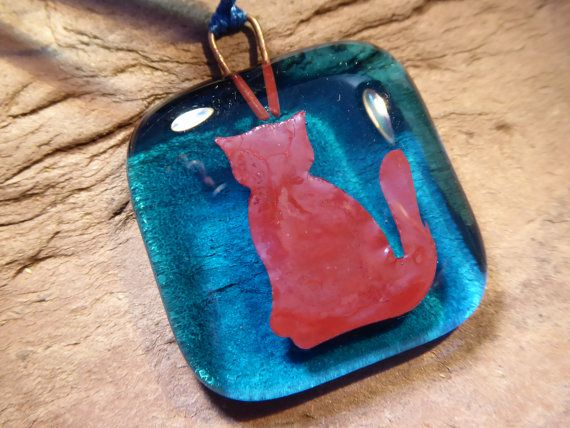 Check out this item in my Etsy shop https://www.etsy.com/uk/listing/278876216/blue-cat-hanging-fused-glass-decoration