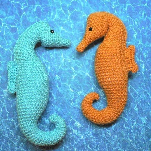 Seahorse Crochet Pattern no. 017 por tulipsquare en Etsy | Patrones ...