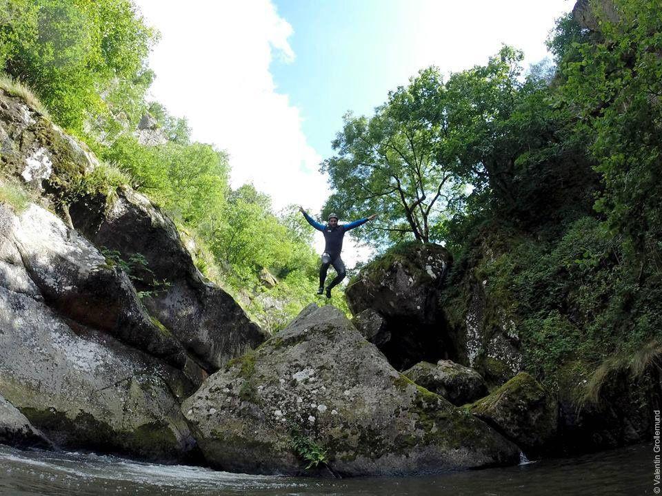 Canyoning en Aveyron © Valentin Grollemund - Esprit Rivière