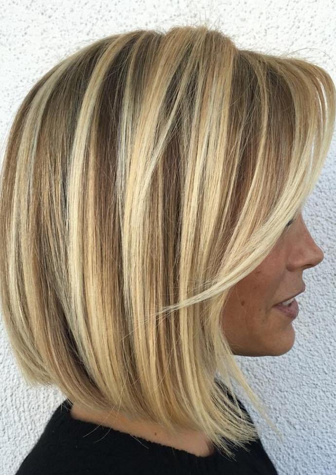 Plava balajaž paž frizura za finu taknu kosu
