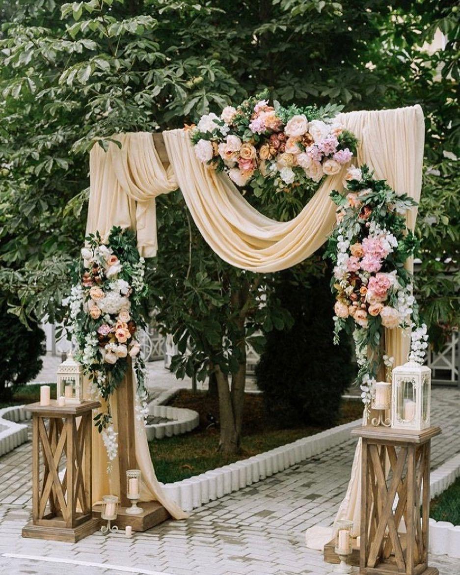 Pin Oleh Ira Rohayani Di Dekorasi Di 2020 Dekorasi Pernikahan Klasik Tempat Pernikahan Ide Perkawinan