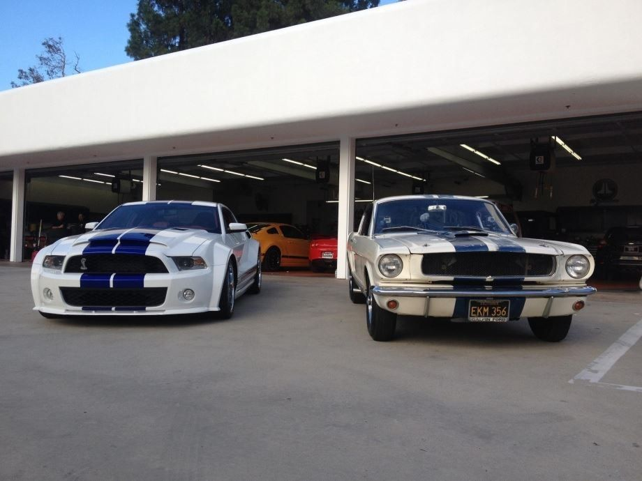 Shelby Gt350 Old Vs New Ford Mustang Mustang Vintage Mustang