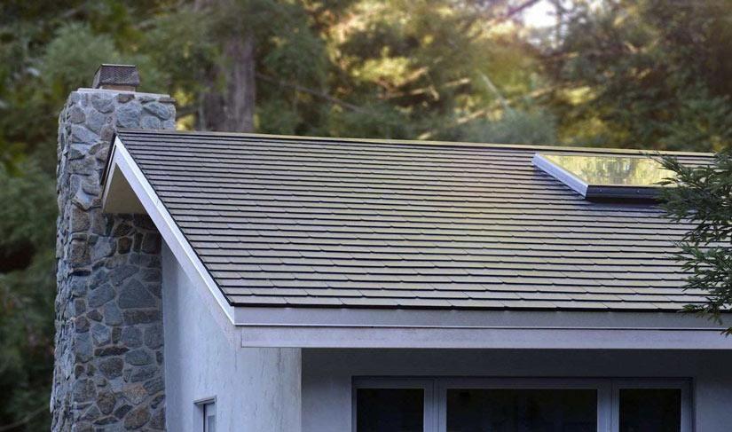 Las tejas solares Tesla, más baratas que las tejas