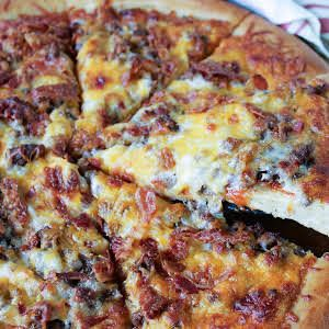 Susie's Bacon Cheeseburger Pizza