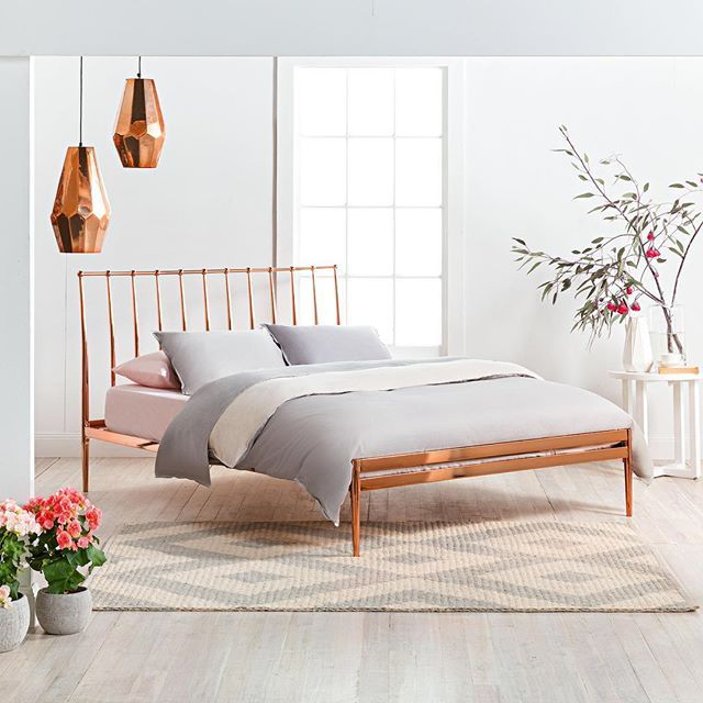 Copper dreams featuring 39 coppa 39 queen bed frame with for Most popular bed frames